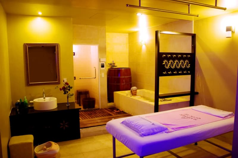 massage-quoc-te-nha-trang.jpg (101 KB)