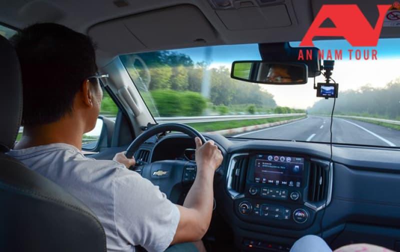 Đến Nha Trang, thuê xe ô tô du lịch chất lượng, giá rẻ ở đâu?