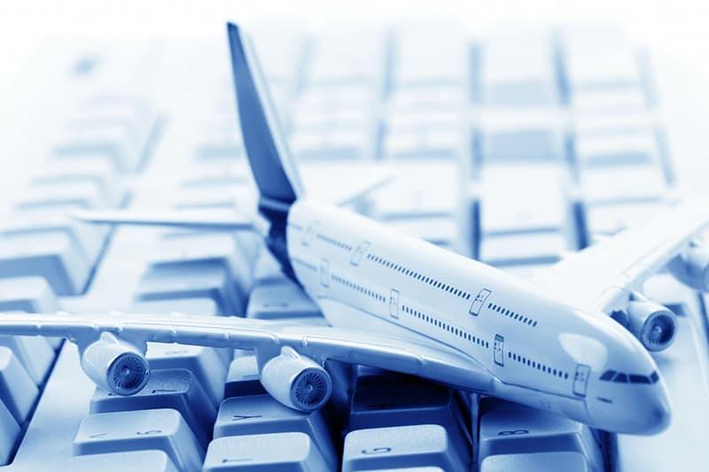 Du lịch Nha Trang tự túc: Kinh nghiệm săn vé máy bay giá rẻ