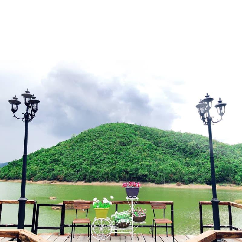 galina-lake-view-3.jpg (70 KB)