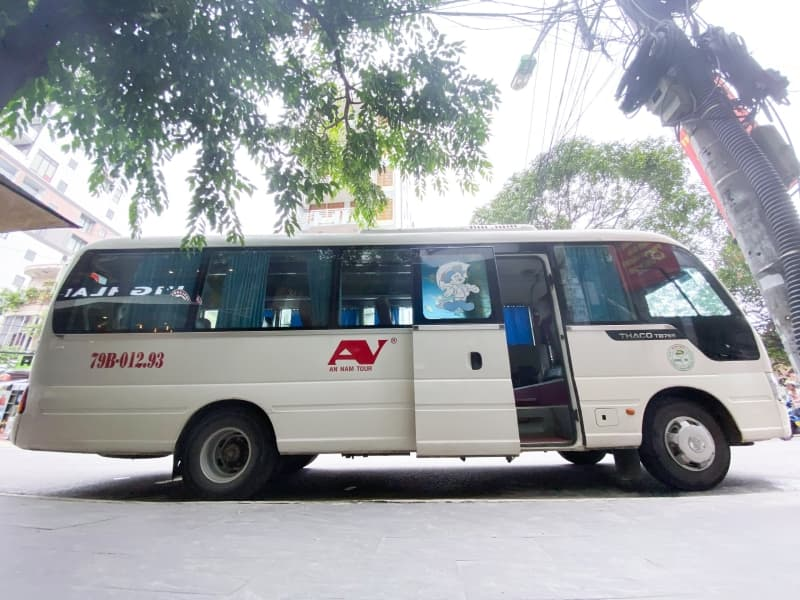 Reasonable price, good quality when leasing a tourist car, bus in Nha Trang