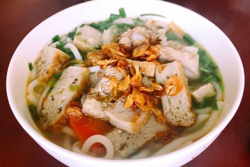 Review Địa điểm ăn uống ở Nha Trang