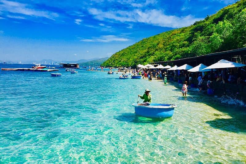 Thú vị tour 4 đảo Nha Trang kết hợp lặn biển tự túc