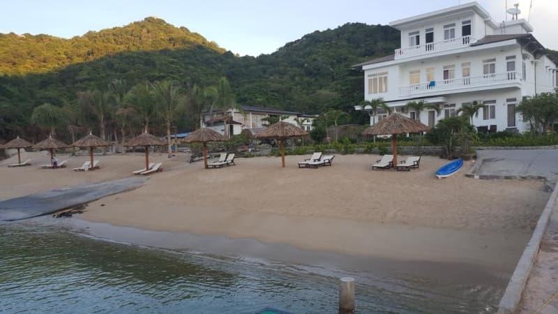 the-light-coral-island-resort-2.jpg (91 KB)