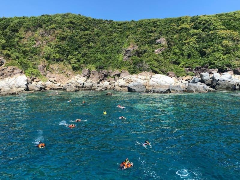 Tour An Nam: snorkeling ở đảo Hòn Mun