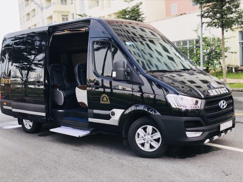 Trai-nghiem-thu-vi-cung-doch-vu-cho-thue-xe-limousine-chat-luong.jpg (67 KB)