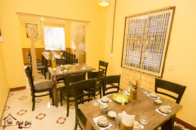 nhà hàng cơm nhà Ngò Gai Nha Trang