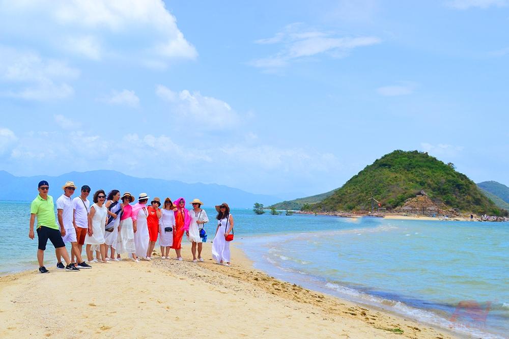 Đảo Điệp Sơn tour Điệp Sơn Dốc Lết 1 ngày