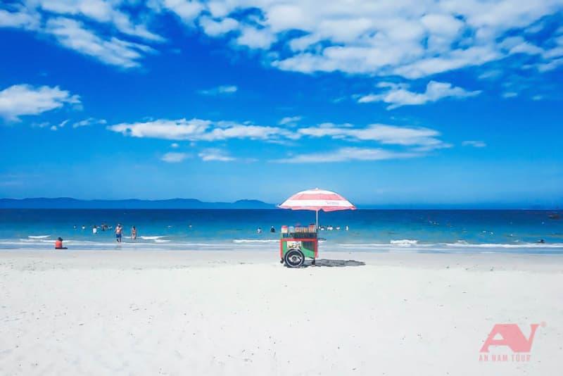 Bãi biển Dốc Lết