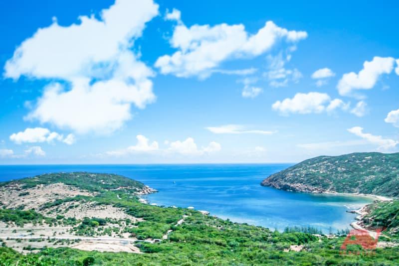 Vịnh Vĩnh Hy nhìn từ trên cao