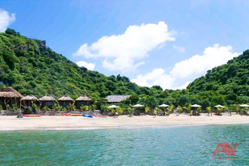 bãi biển vịnh Nha Phu