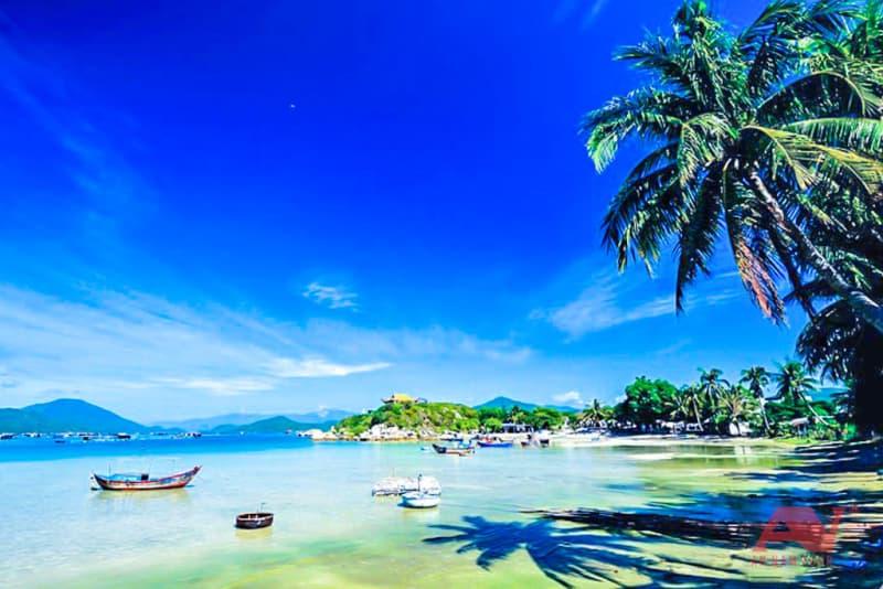 Bãi Xuân Đừng vịnh Vân Phong